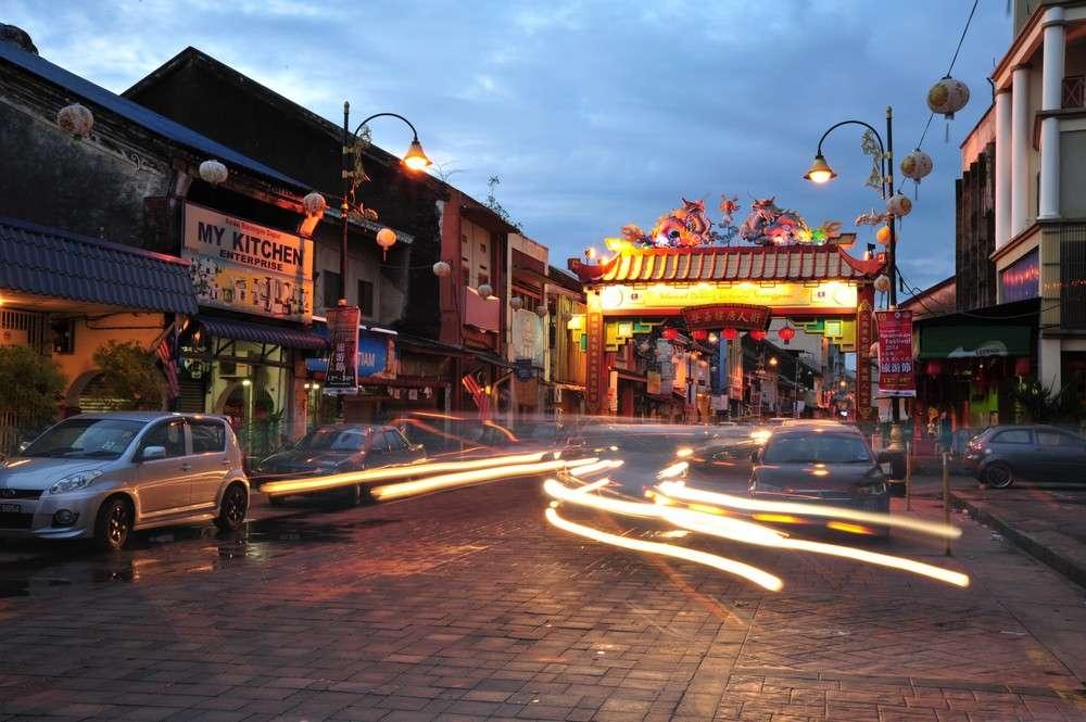 Kampung Cina, is a Chinatown located along Jalan Bandar (formerly known as Jalan Kampung Cina) at the river mouth of Terengganu River. Photo Credit - http://beautifulterengganu.com