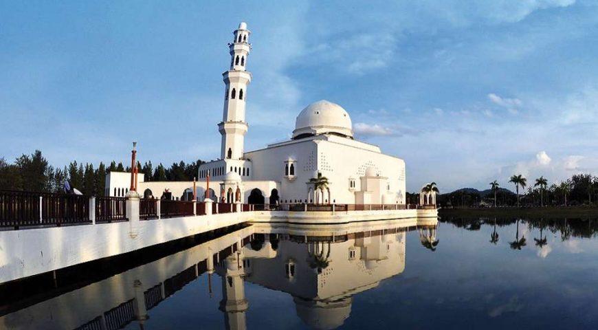 Masjid Terapung - Photo Credit - beautifulterengganu.com - 003